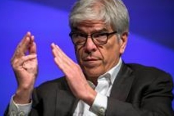 Paul Romer renuncia al Banco Mundial en medio de polémica por informe sobre Chile