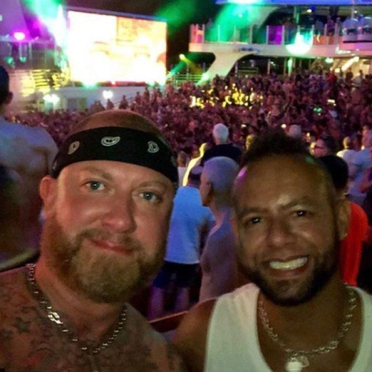 Cientos de personas participaron del tour de siete días del Harmony of the Seas por el Caribe (Instagram)