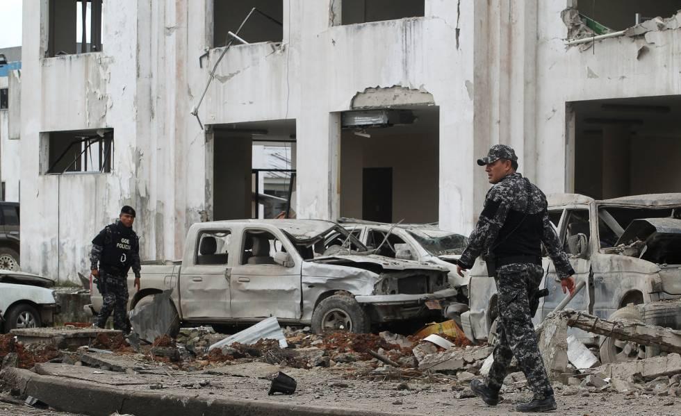 Ecuador coche bomba