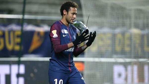 Las canchereadas de Neymar ante el Rennes