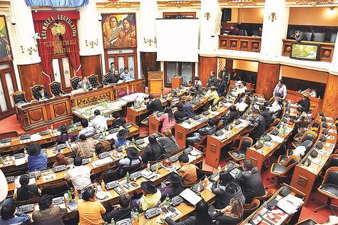 Sesión. Algunas opositoras denunciaron acoso político cuando el Legislativo conformaba su directiva.