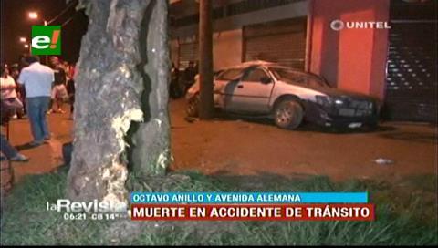 Vehículo impactó contra árbol, una persona falleció y dos están heridas