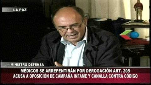 """Ministro Ferreira: """"Los médicos se arrepentirán por la derogación del artículo 205"""""""