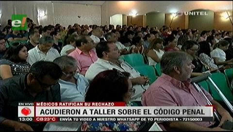 Santa Cruz: Colegio Médico realizó un taller sobre el Código Penal y ratificó medidas de presión