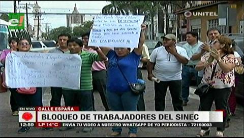 Santa Cruz: Trabajadores del Sinec protestaron, exigen el pago de sueldos adeudados