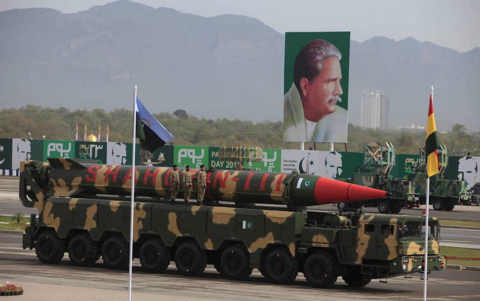 El misil Shaheen-III durante un desfile el día de la fiesta nacional de Pakistán, en Islamabad. (Reuters)