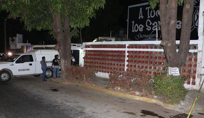 "Restaurante donde fue asesinada la youtubers ""Nana Pelucas"". EFE"