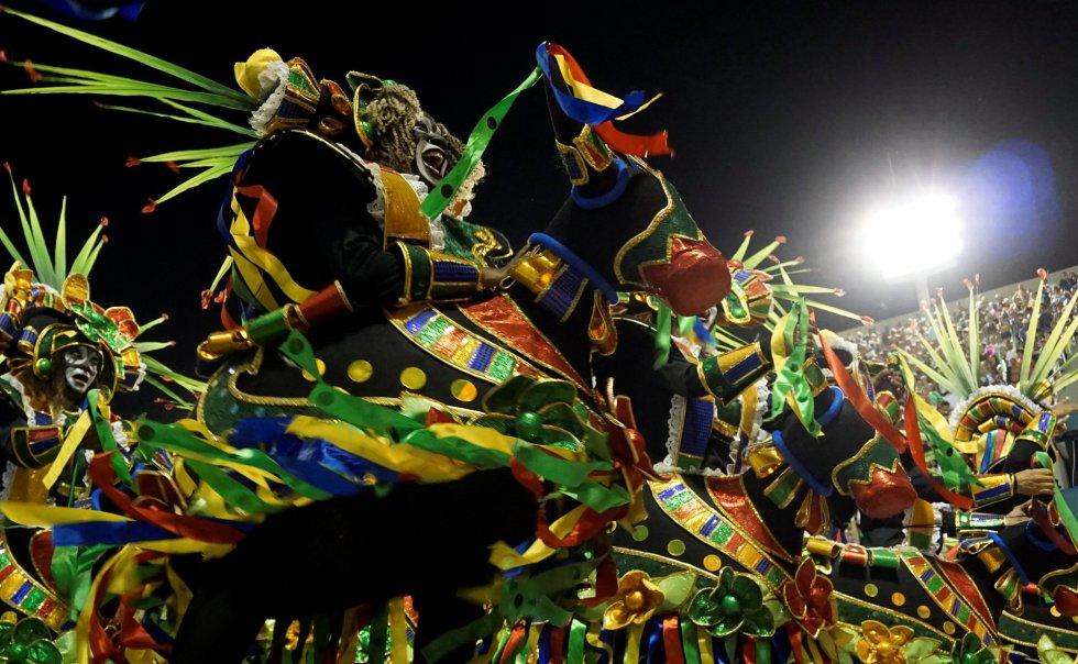 Vista del desfile de la escuela de samba Grande Rio en el desfile de carnaval en el sambódromo de Río de Janeiro (Brasil), el 12 de febrero de 2018.