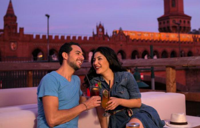 San Valentín: Buscan solteros que quieran viajar gratis a Berlín para encontrar pareja