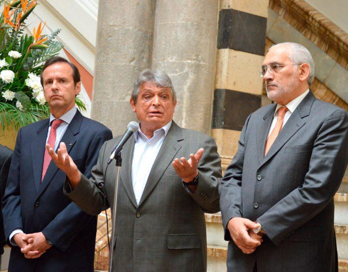 Jaime Paz no viaja a La Haya y el vice lo critica