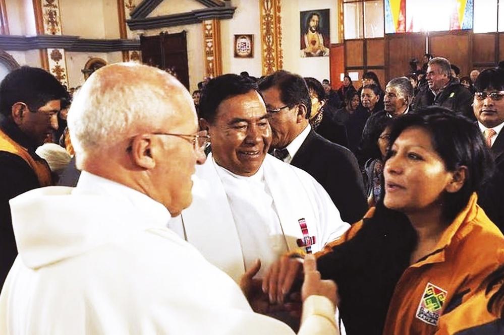 El Alto celebra su 33 aniversario cívico sin la presencia de Morales