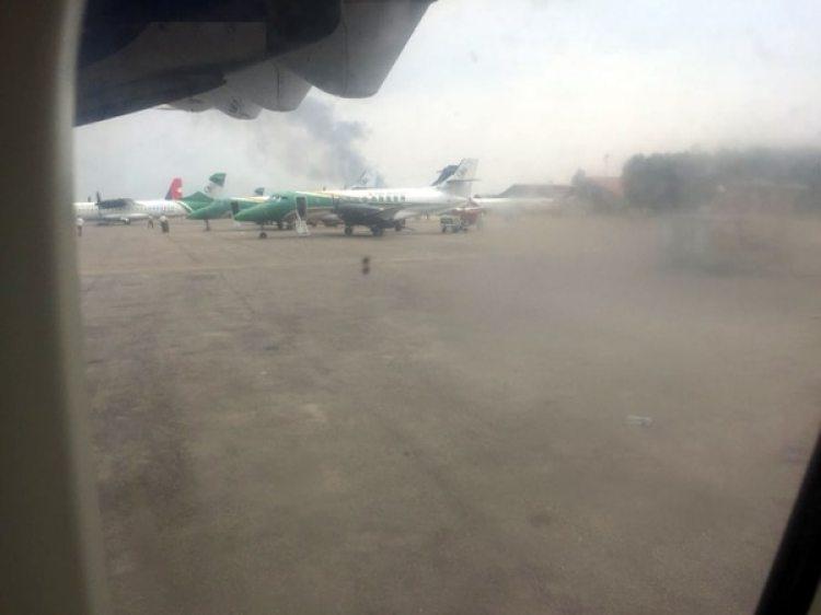 Las operaciones en el aeropuerto fueron canceladas (Twitter)