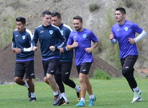 Jugadores del club Bolívar en un entrenamiento. Foto: Archivo