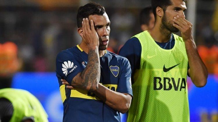 Carlos Tevez quedó bajo la mira debido a su floja actuación en la final contra River