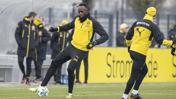 El hombre más rápido del mundo, Usain Bolt entrena con Borussia Dortmund