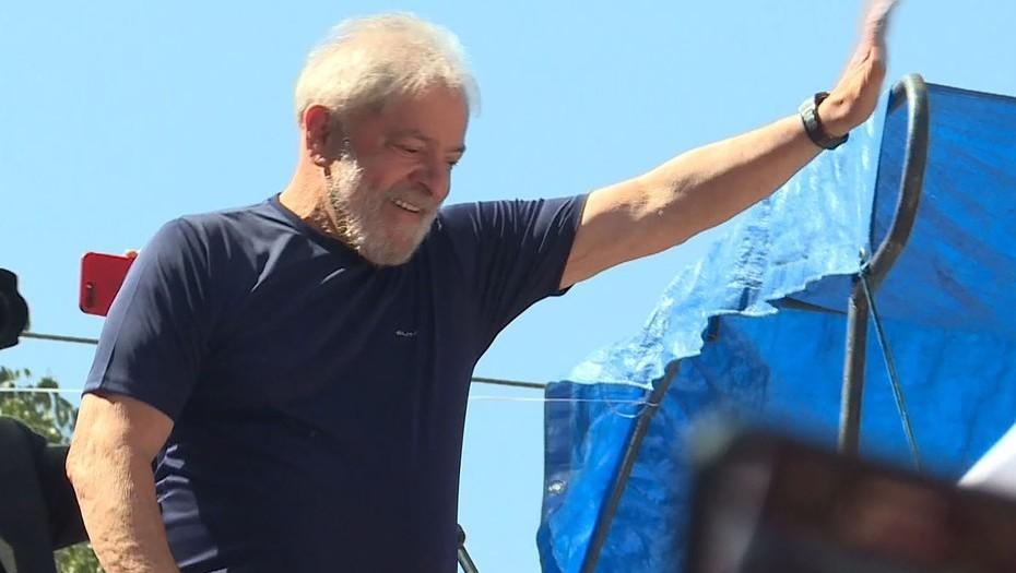 Lula negocia con Policía Federal en São Paulo y podría entregarse hoy