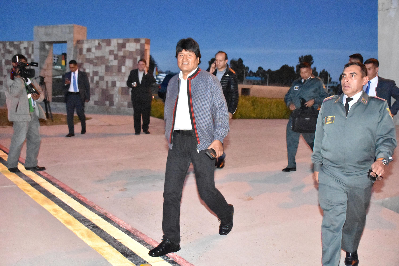 Son tiempos de paz, no de muros: Evo Morales