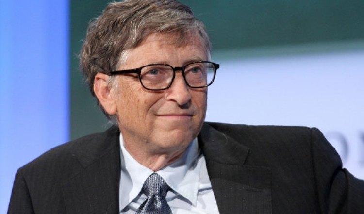El progreso humano y los instintos que nos impiden percibirlo objetivamente son los temas de nuevos libros favoritos del fundador de Microsoft.