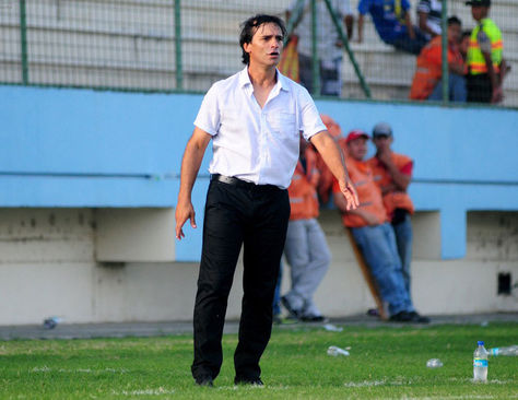Fabián Bustos nuevo director técnico de Delfín Sport Club de Ecuador. Foto: www.scoopnest.com