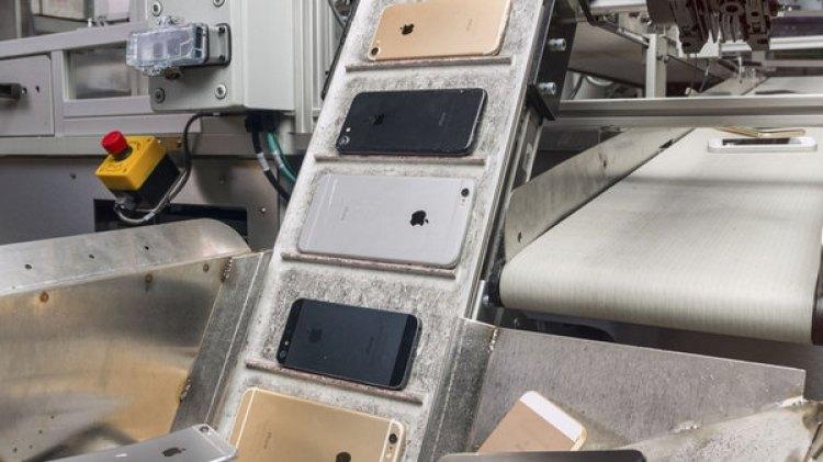 El robot Daisy, de Apple, es eficaz con hasta nueve modelos del dispositivo.