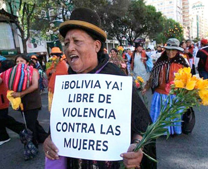 PROTESTA CONTRA FEMINICIDIOS.