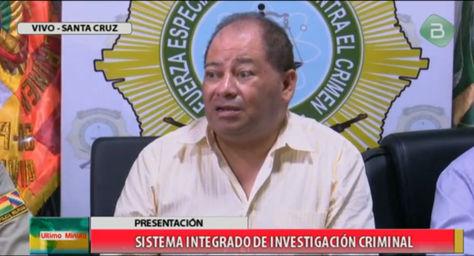 El ministro de Gobierno, Carlos Romero, en conferencia de prensa.