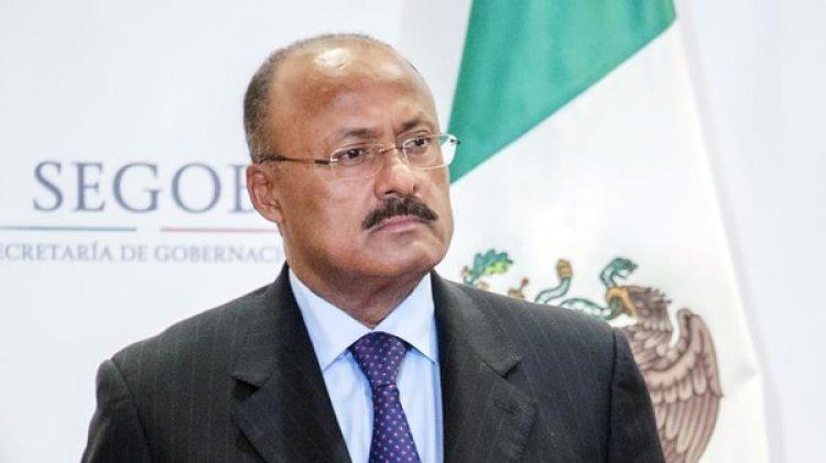 El nuevo presidente del PRI René Juárez Cisneros