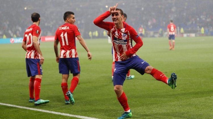 Griezmann festeja el primero de sus dos goles ante el Olympique de Marsella en la final de la Europa League (Reuters)