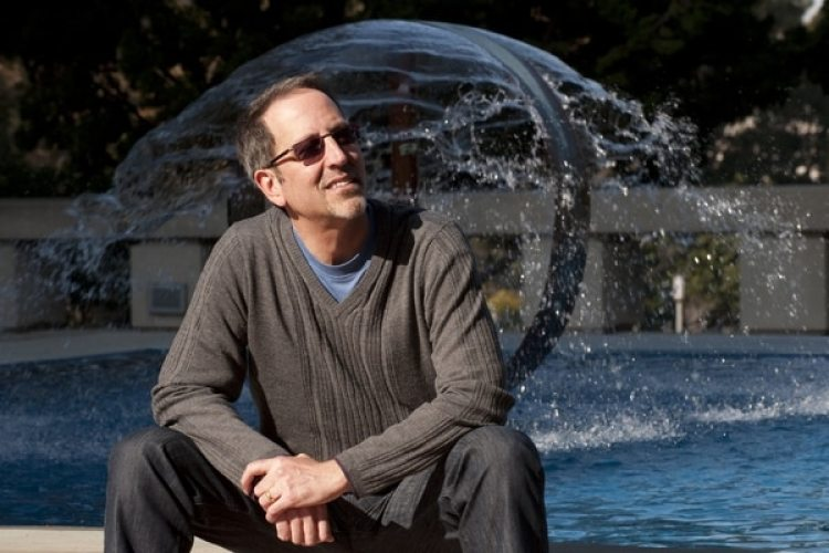 Jay Famiglietti, autor principal del artículo, analizó 14 años de imágenes satelitales que muestran la evolución reciente del agua dulce en el mundo. (Daniel Anderson/jayfamiglietti.com)