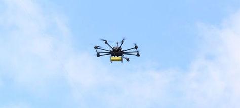 Tendido del cable de la línea Celeste de Mi Teleférico con la ayuda de un dron.