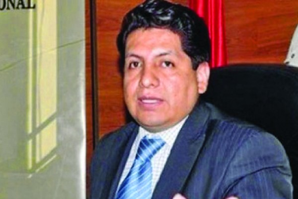 Oposición denuncia nepotismo en Cancillería y solicita informes