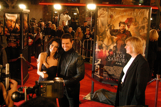 Penélope Cruz y Tom Cruise bajo la mirada de Pat Kingsley en el estreno de
