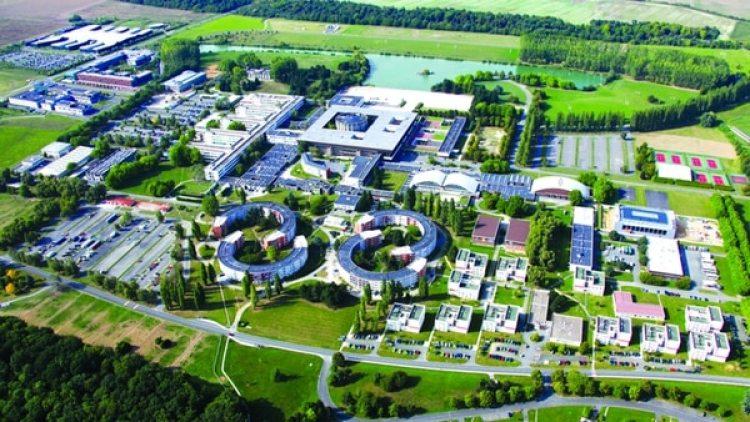 """La idea es que para 2025 el campus se convierta en una """"ciudad sostenible"""" conmás de 20.000 investigadores, 30.000 estudiantes y 20.000 empleados viviendo en 300.000 metros cuadrados"""