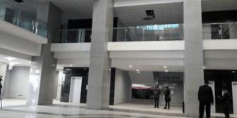 """Dirigente campesino dice que funcionarios """"tienen derecho"""" a relajarse en nuevo Palacio"""