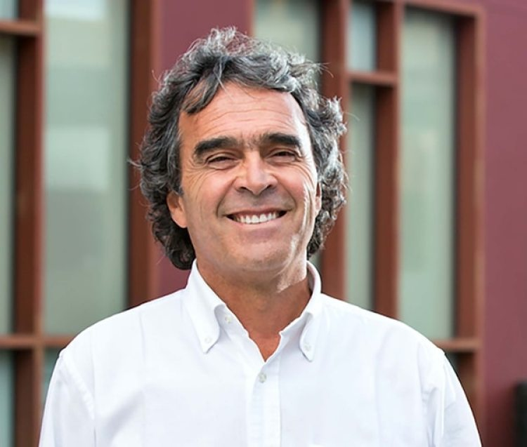 Sergio Fajardo, candidato por la coalición de los partidos Verde y Polo Democrático.