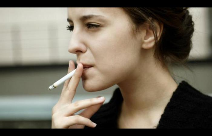 Cigarro: médicos confirman que fumar daña los músculos de las piernas. ¡No podrás caminar!