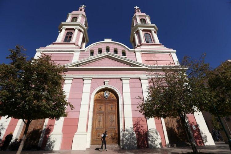 Vista general de la catedral de Rancagua en Chile (AFP Photo)