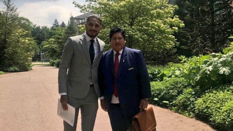 Recientemente, Guerrero viajó y se reunió con Gianni Infantino, acompañado por el presidente de la Federación Peruana de Fútbol