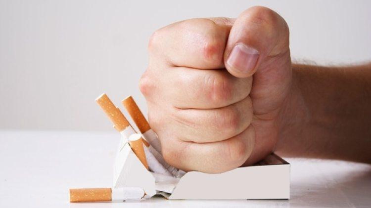 Un estudio estableció cuál es la manera más eficaz para dejar de fumar. (Getty Images)