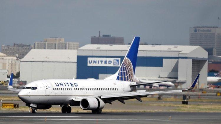 La aerolínea se ha visto en vuelta en distintas polémicas. (AP)