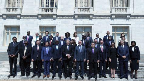 Cancilleres y embajadores de países miembros de la OEA tras la sesión plenaria de la 70ª Asamblea General en Washington (EE.UU.).