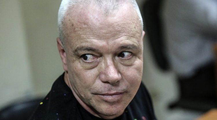 Jhon Jairo Velasquez, alias Popeye, es investigado por una presunta oficina de cobros que tiene al servicio de organizaciones armadas en Medellín. / AFP PHOTO / JOAQUIN SARMIENTO