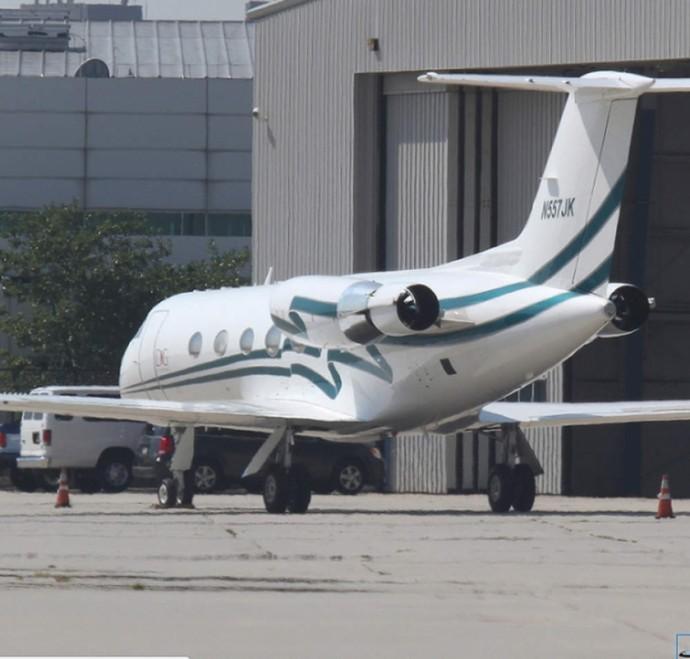 POLÉMICA. La avioneta que supuestamente aterrizó en El Trompillo sin explicaciones.