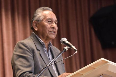 El exvicepresidente Víctor Hugo Cárdenas durante una conferencia en 2017. Foto: archivo Luis Gandarillas