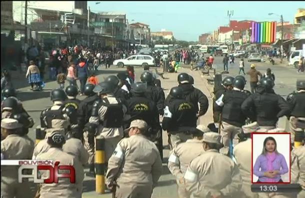 Alcaldía cruceña realizó operativo de desalojo de comerciantes ambulantes
