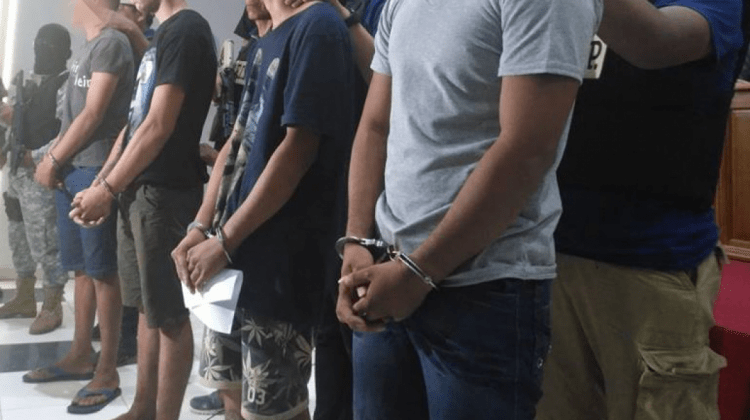 Detenidos brasileños