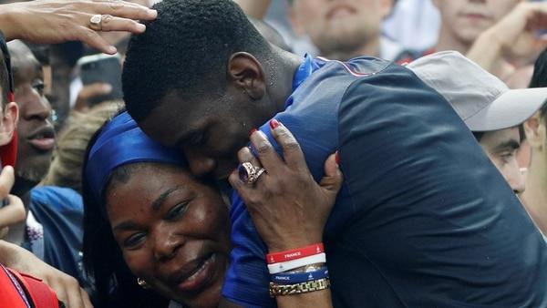 La historia de amor detrás de la foto de Paul Pogba en plena celebración del Mundial de Rusia 2018