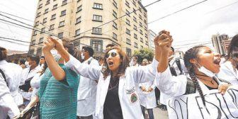 Trabajadores de la CNS confirman paro de actividades para este miércoles y jueves y gerencia convoca al diálogo