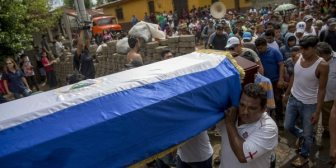 El desconsolado llanto de un cura que explica las masacres del régimen de Daniel Ortega en Nicaragua