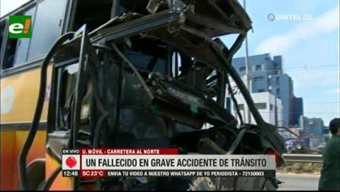 Ruta Warnes-Santa Cruz: Suben a dos los muertos por choque entre una flota y un camión